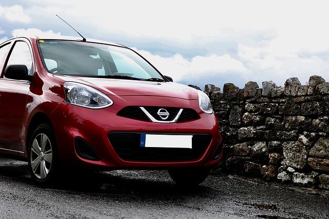 auto Nissan světlomety